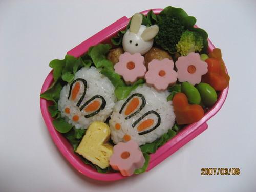 21.うさぎちゃん弁当